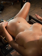 Adult sex machines. Tight body Blond, - Unique Bondage - Pic 6