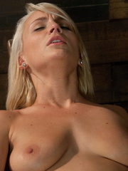 Adult sex machines. Tight body Blond, - Unique Bondage - Pic 7