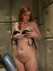 Fucking machines xxx. Amateur red head - Unique Bondage - Pic 1