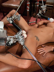 Girls sex machines. Girl spread and pinned - Unique Bondage - Pic 11