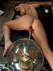 Fucking machine sex. Lily Carter stretches - Unique Bondage - Pic 7