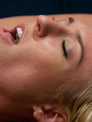 Fuck machine. Victoria White - blond, thin, - Unique Bondage - Pic 7