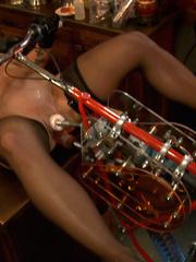 Sex machine orgasms. 3 amateur girl pussy - Unique Bondage - Pic 7