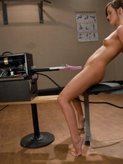 Fucking machines porn. Rookie dirty blond - Unique Bondage - Pic 6