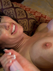 Sex machine porn. MILF SQUIRTER ALERT - - Unique Bondage - Pic 13