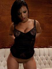 Sex machine orgasms. Brand new starlet loses - Unique Bondage - Pic 4