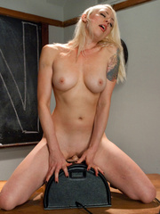 Fucking machine xxx. Lorelei Lee machine - Unique Bondage - Pic 7