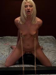 Sex machine orgasms. Hot Nanny machine fuck - Unique Bondage - Pic 11