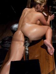 Sex machines. Phoenix Marie does a machine - Unique Bondage - Pic 7