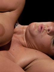 Sex machines. Phoenix Marie does a machine - Unique Bondage - Pic 12