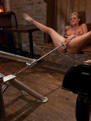 Fucking machine porn. Phoenix Marie ass - Unique Bondage - Pic 2