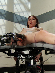 Sex machine orgasms. Amateur machine fucked - Unique Bondage - Pic 9