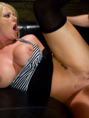 Rough hard sex. Sophie Dee all anal toys - Unique Bondage - Pic 9