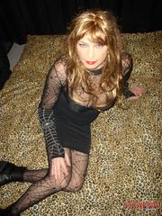 Femdom spanking. Strapon jane fucks Tgirls - Unique Bondage - Pic 4