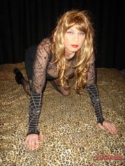 Femdom spanking. Strapon jane fucks Tgirls - Unique Bondage - Pic 5
