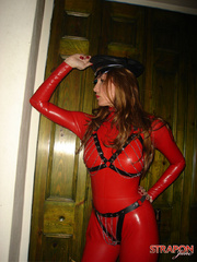 Slave porn. Jane in full red pvc catsuit and - Unique Bondage - Pic 3