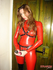 Slave porn. Jane in full red pvc catsuit and - Unique Bondage - Pic 7