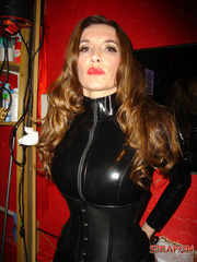 Femdom xxx. Strapon jane in leather catsuit - Unique Bondage - Pic 3