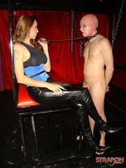 Femdom fetish. Jane lets her slave out of - Unique Bondage - Pic 5