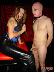 Femdom fetish. Jane lets her slave out of - Unique Bondage - Pic 8