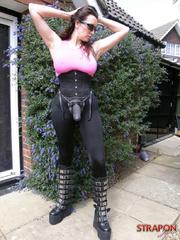 Slave xxx. Horny Strapon Jane shows off her - Unique Bondage - Pic 2