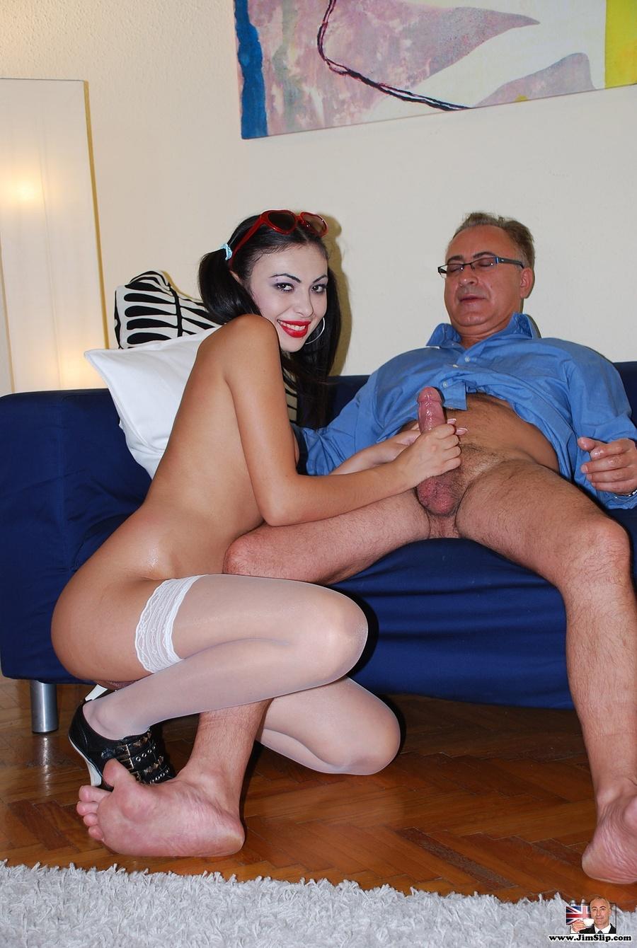 Смотреть порно бесплатно про деда и внучку 3 фотография