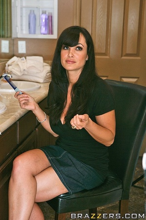 House wife sex. Lisa Ann husband cant sa - XXX Dessert - Picture 4