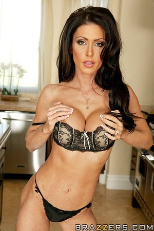 Xxx housewive. Jessica Jaymes getting fu - XXX Dessert - Picture 1