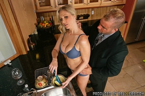 Hot milf sex. Julia Ann fucking another  - XXX Dessert - Picture 5