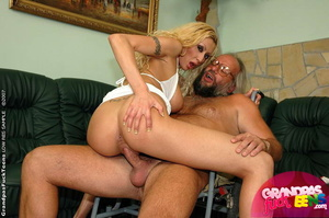 Young old xxx. Enormous titted blonde nu - XXX Dessert - Picture 6