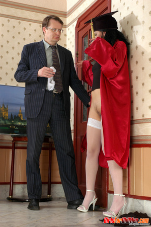 Old men young ladies. Nasty girl makes u - XXX Dessert - Picture 7