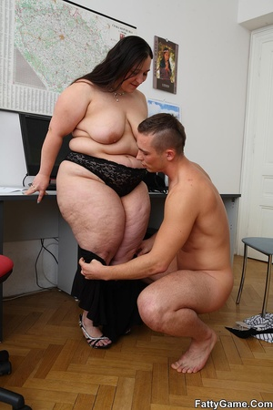 Free fat sex. She was working on her com - XXX Dessert - Picture 10