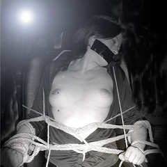 Commanding master controls his submissive - Unique Bondage - Pic 4