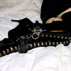 First time bondage amateurs awaiting orders - Unique Bondage - Pic 3