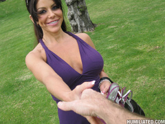 These perverts really put this hot milf - Unique Bondage - Pic 1