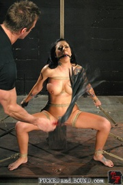 Tough and sexy slave - Unique Bondage - Pic 2
