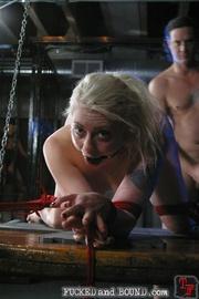 Beautiful submissive Lorelei Lee and natural - Unique Bondage - Pic 15