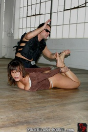 Street hooker Ava Devine has once again been - Unique Bondage - Pic 4