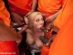 Samantha Sin is a sexy prison warden who - Unique Bondage - Pic 5