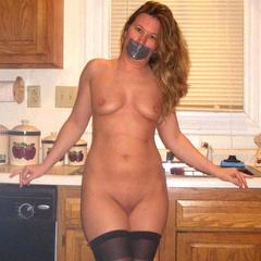 The amateur slave girls are happy to serve - Unique Bondage - Pic 10