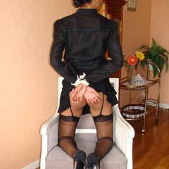 Amateur sex slaves tied up and showing off - Unique Bondage - Pic 15