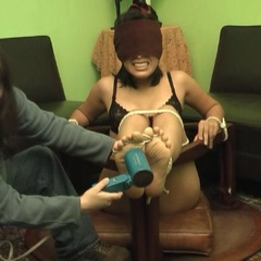 Amateur young ladies get tied up and reamed - Unique Bondage - Pic 7