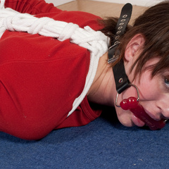 Katarina handcuffed and dogy-bone gagged - Unique Bondage - Pic 10
