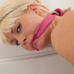 Katarina tied naked in the bathroom - Unique Bondage - Pic 6