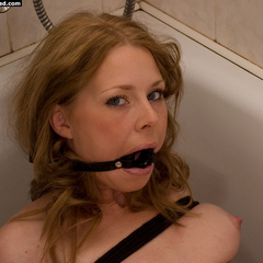 Paula tied up and gagged in the bathroom - Unique Bondage - Pic 6
