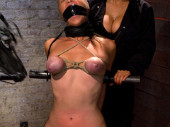 Part 1/4 of Aug Live show: Audrey had her - Unique Bondage - Pic 10