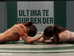 Serena Blair (8th) at 5'0 & 105lbs, - Unique Bondage - Pic 1