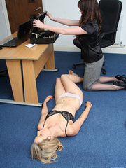 Nurse Fiona Jane is surprised by a psychotic - Unique Bondage - Pic 7