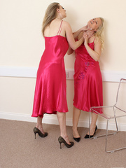Two blondes, two similar dresses and one - Unique Bondage - Pic 2