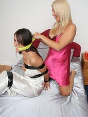 Belle tie up Jess in thier bed room - Unique Bondage - Pic 10